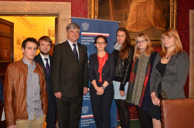 Nasza delegacja oraz prof. Piotr Wolański w Ambasadzie RP